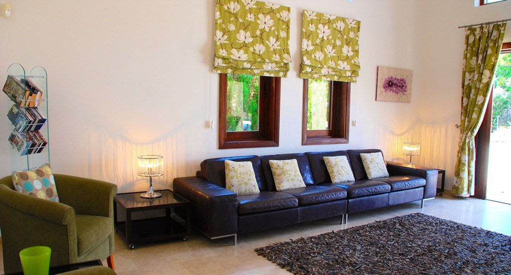 Villa 252 - Lovely decor and spaciouus areas. Villa 252 - Separate living area. Aphrodite Hills Reso