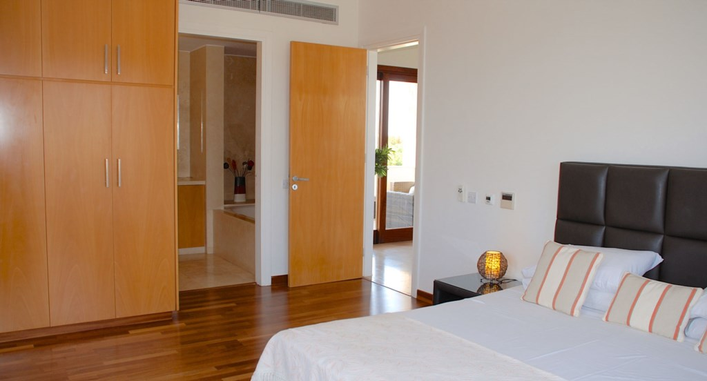 Villa 252 - Master double with en suite bathroom. Villa 252 - Separate living area. Aphrodite Hills