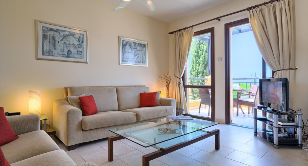 Apartment E11 - Nice bright living area with UK TV. Aphrodite Hills Resort, Cyprus.