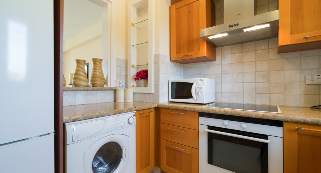 Apartment E11 - Fully fitted kitchen. Aphrodite Hills Resort, Cyprus.