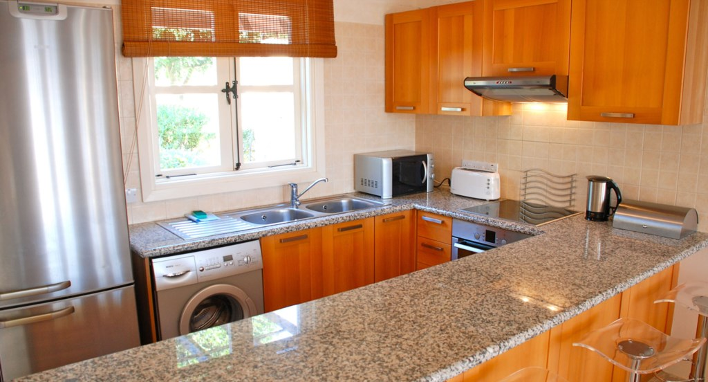 Fully fitted kitchen - G3 Adonis Village - Aphrodite Hills apartment