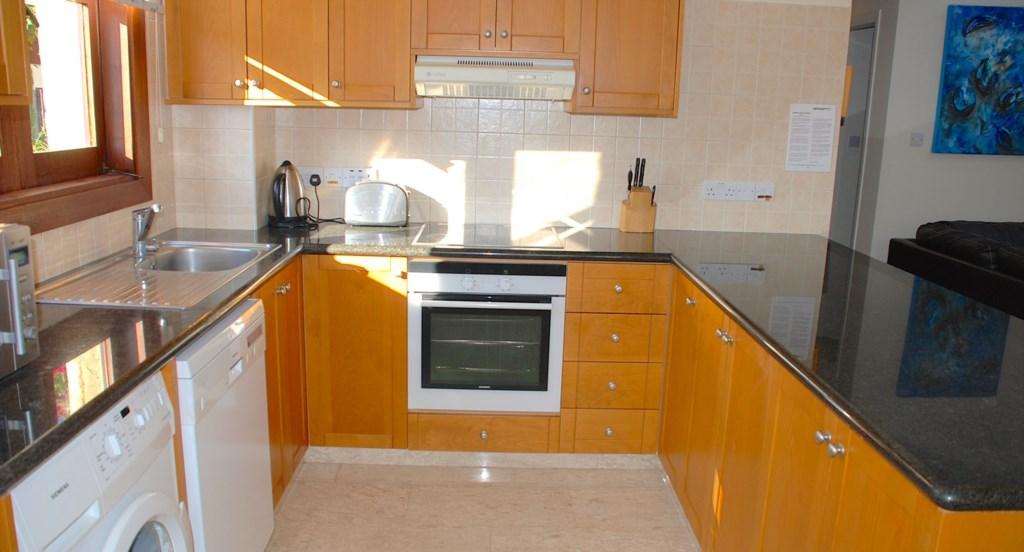 Villa 30 Lysos Open living room and kitchen (1).jpg