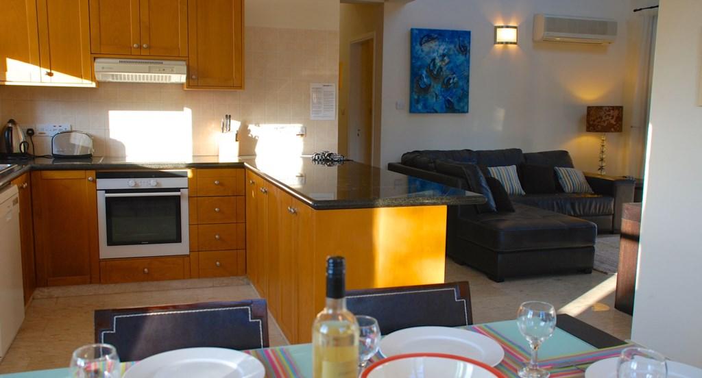 Villa 30 Lysos Open living room and kitchen (2).jpg