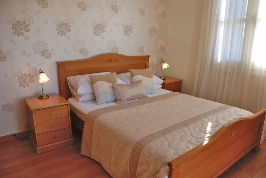 Double bedroom - Nefeli - R1 Adonis Village, Aphrodite Hills