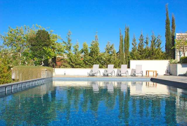 Villa 305 - Lay back by the pool and enjoy the peaceful surroundings. Aphrodite Hills Resort, Cyprus