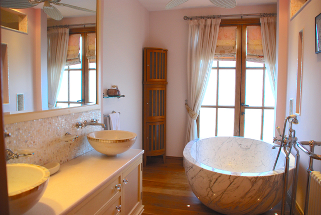 Villa 305 - Master bedroom en suite. Aphrodite Hills Resort, Cyprus.