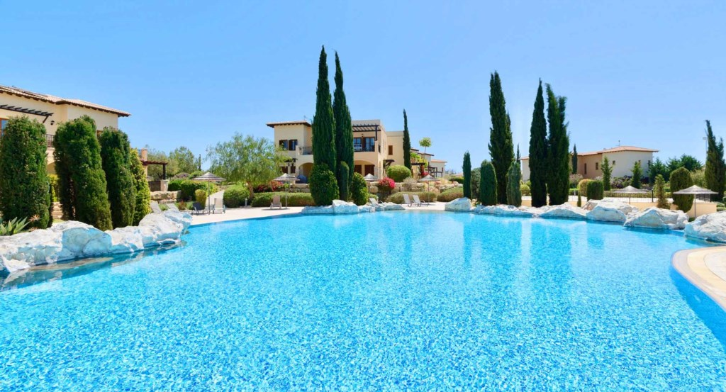 Apartment Pomos (BG01), luxury holiday ground floor apartment on Aphrodite Hills Resort, Cyprus