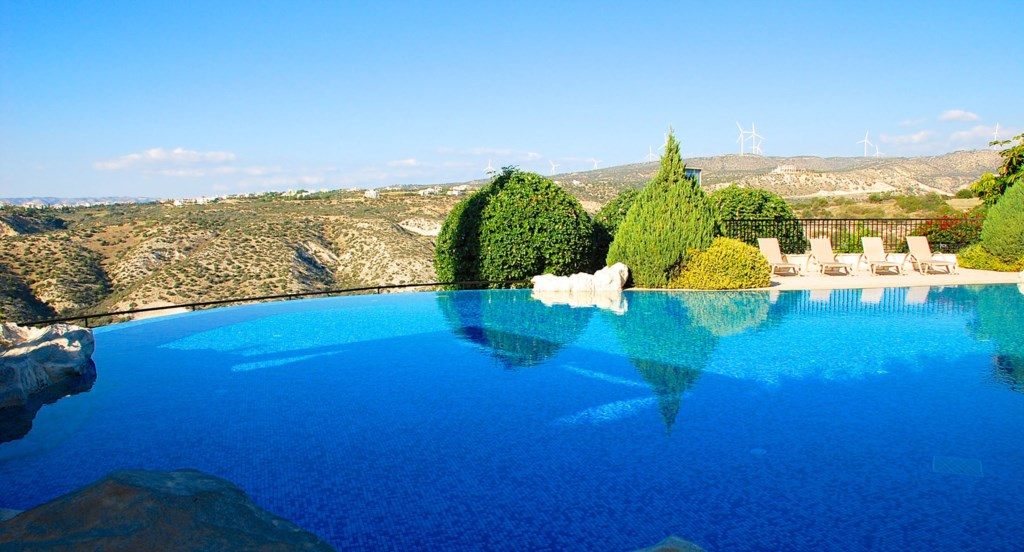 Aphrodite Hills Cyprus Luxury Holiday Apartments Rental Villas Pool View Golf (1).jpg