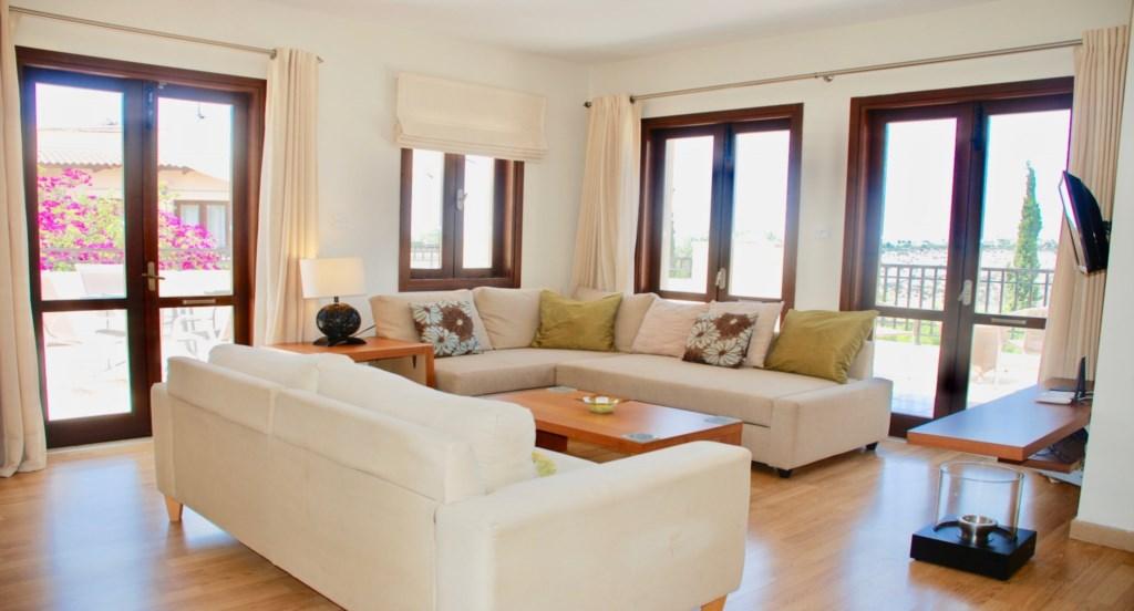 Aphrodite Hills Vacation Rental Holiday Apartments (10).jpg