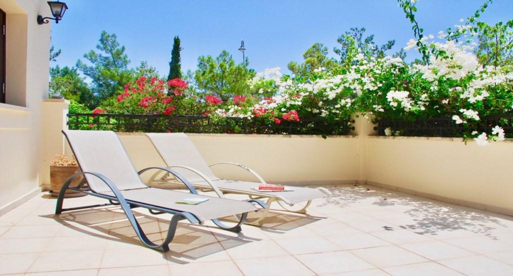 Aphrodite Hills Vacation Rental Holiday Apartments (6).jpg