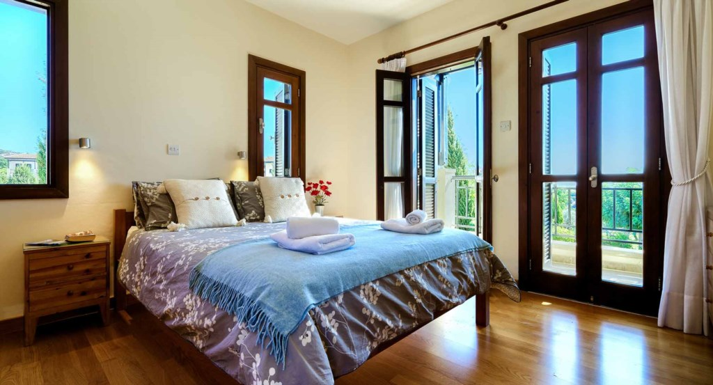 Apartment Nesoi (A12) 1 bedroom luxury holiday apartment with golf and sea views, Aphrodite Hills Re