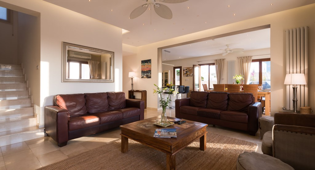 Villa Anthos - spacious and luxurious living area