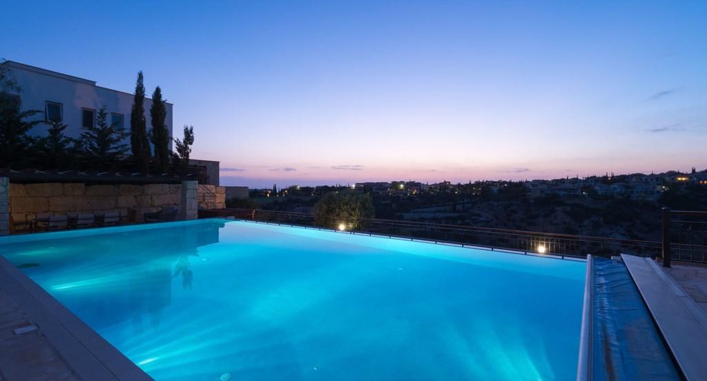 Villa Anthos - Beautiful Infinity swimming pool