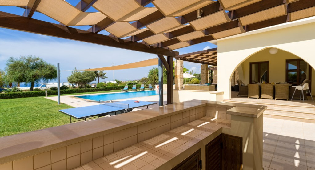 Villa 350 - Large BBQ area, great for social evenings with friends and family. Aphrodite Hills Resor