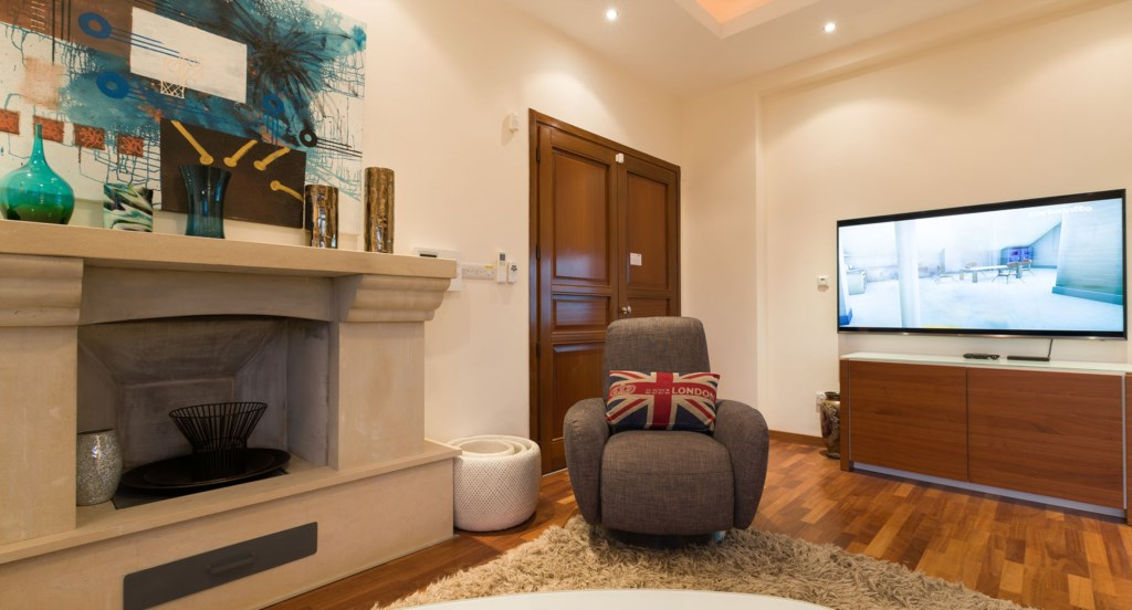Villa 350 - Enjoy UK TV and unlimited movies from your large plasma screen TV. Aphrodite Hills Resor
