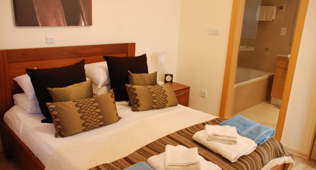 Luxury Holiday Apartment Rental Villas Aphrodite Hills Cyprus Pool View Golf (13).jpg
