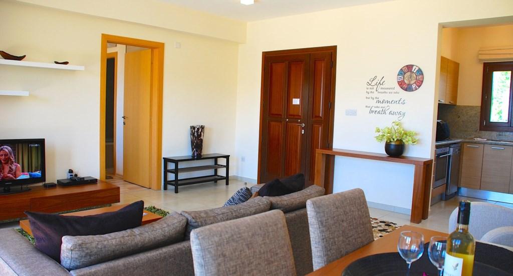 Luxury Holiday Apartment Rental Villas Aphrodite Hills Cyprus Pool View Golf (20).jpg