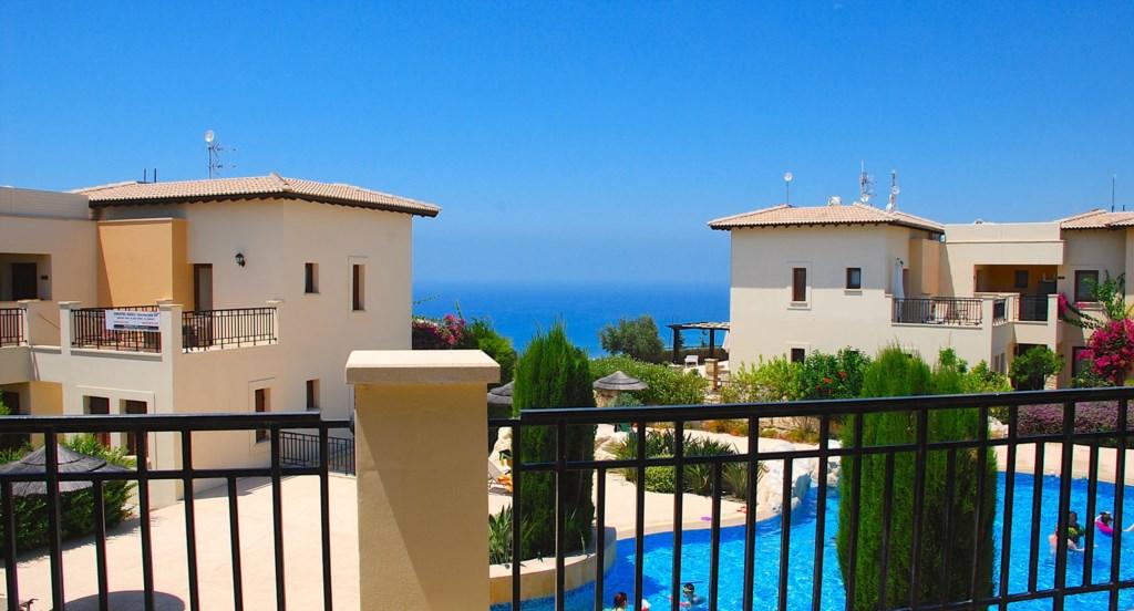 Luxury Holiday Apartment Rental Villas Aphrodite Hills Cyprus Pool View Golf (21).jpg