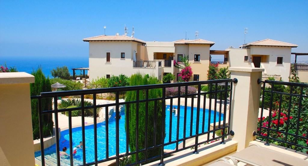 Luxury Holiday Apartment Rental Villas Aphrodite Hills Cyprus Pool View Golf (22).jpg
