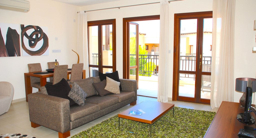 Luxury Holiday Apartment Rental Villas Aphrodite Hills Cyprus Pool View Golf (25).jpg