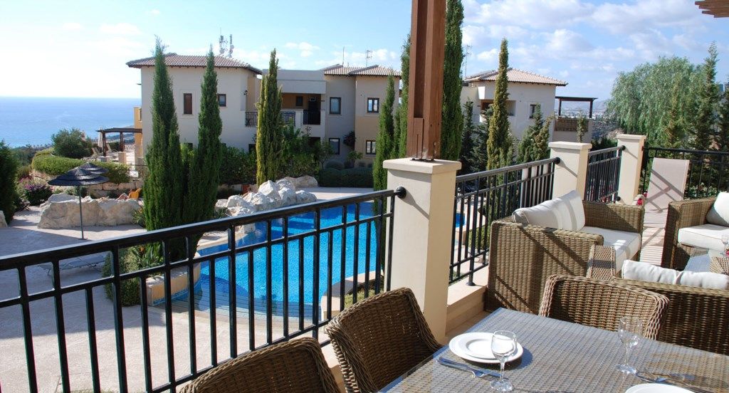 Luxury Holiday Apartment Rental Villas Aphrodite Hills Cyprus Pool View Golf (31).jpg