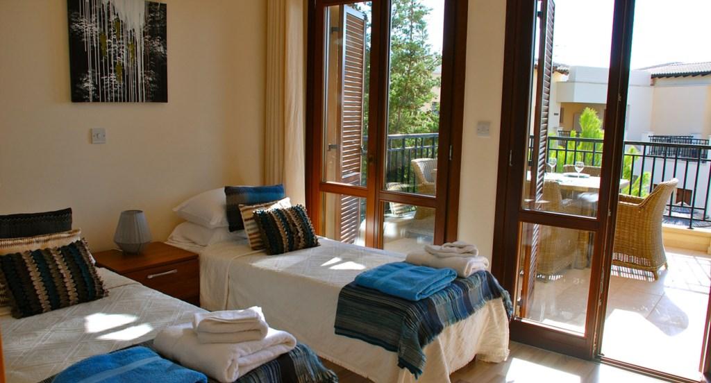 Luxury Holiday Apartment Rental Villas Aphrodite Hills Cyprus Pool View Golf (34).jpg