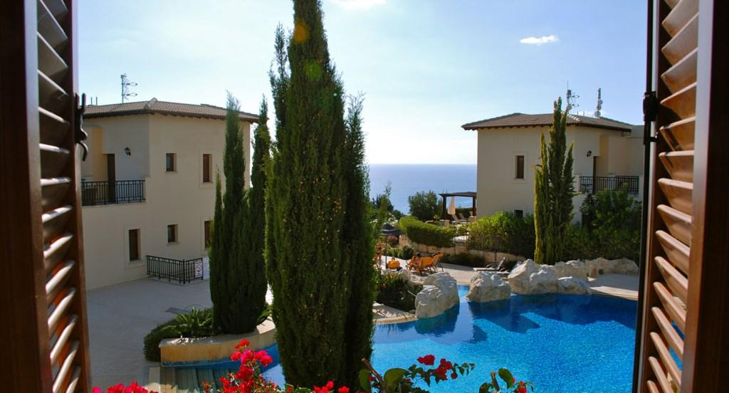 Luxury Holiday Apartment Rental Villas Aphrodite Hills Cyprus Pool View Golf (6).jpg
