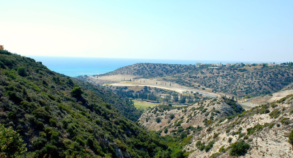 Luxury Villa Rental Villas Aphrodite Hills Cyprus Pool View Golf (43).jpg