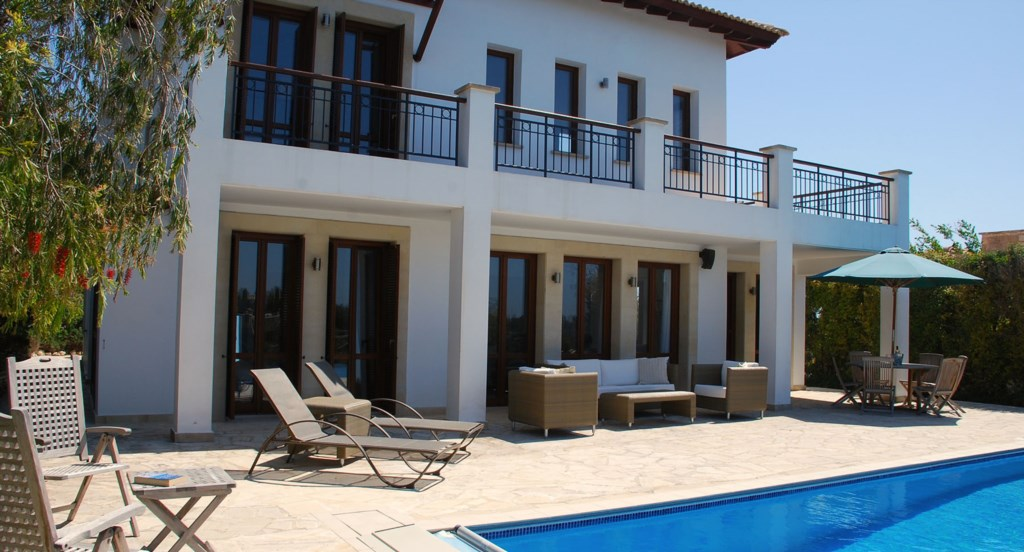 Villa 122 - Relaxing by the pool couldn't be nicer. Aphrodite Hills Resort, Cyprus.