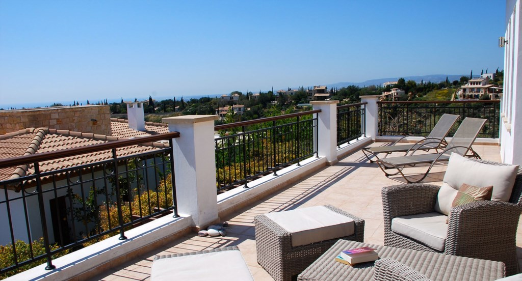 Villa 122 - Large roof terrace with great sea views.  Aphrodite Hills Resort, Cyprus.