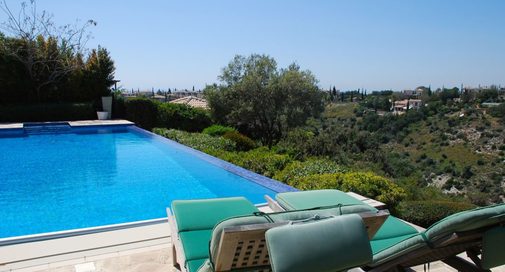 Villa 122 - Lay back and enjoy the sweeping views of the ravine. Aphrodite Hills Resort, Cyprus.