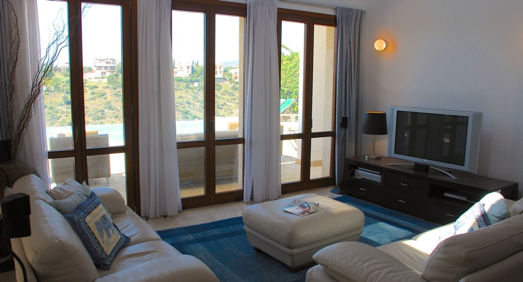 Villa 122 - Beautiful, airy living space with large plasma TV. Aphrodite Hills Resort, Cyprus.