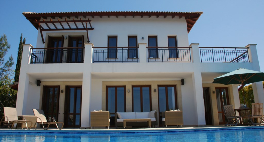 Villa 122 - Spacious 3 bedroom villa with infinity edge pool.  Aphrodite Hills Resort, Cyprus.