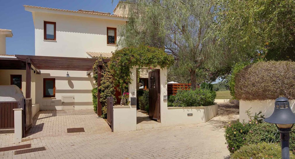 Villa Athina (HG12) - lovely 3 bedroom villa with golf views, Aphrodite Hills Resort, Cyprus.jpg