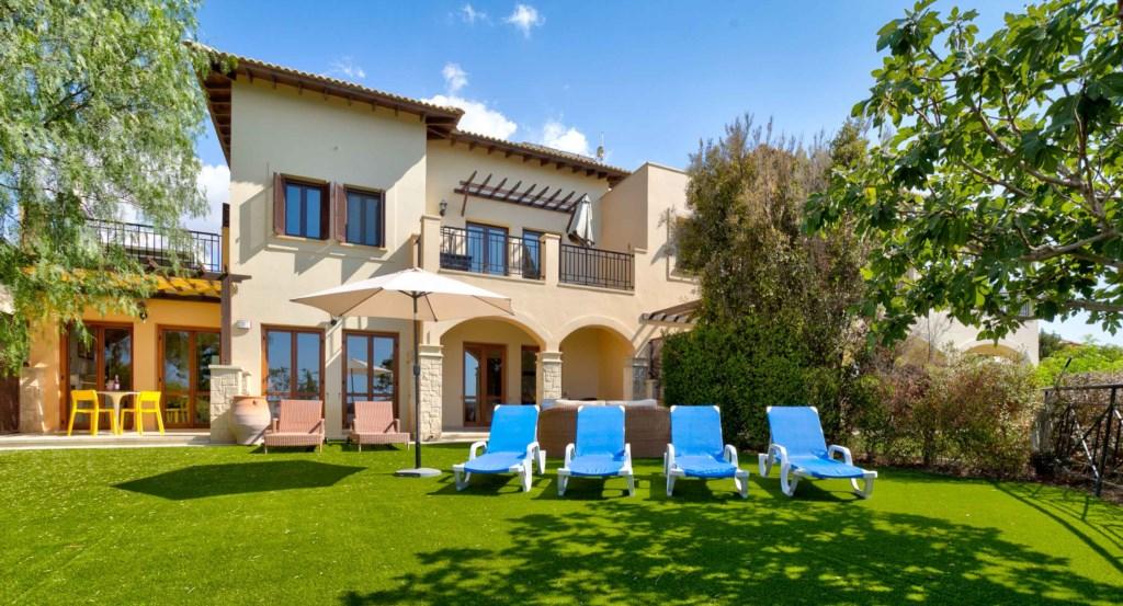 Luxury holiday apartment, Aphrodite Hills Resort, Cyprus