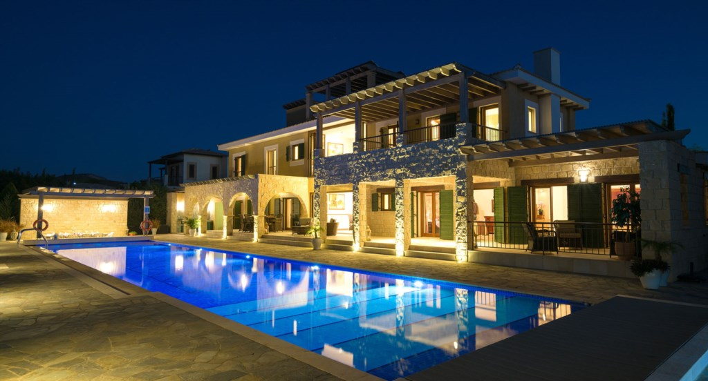 Villa 141 - Luxury Holiday Rentals in Aphrodite Hills Cyprus