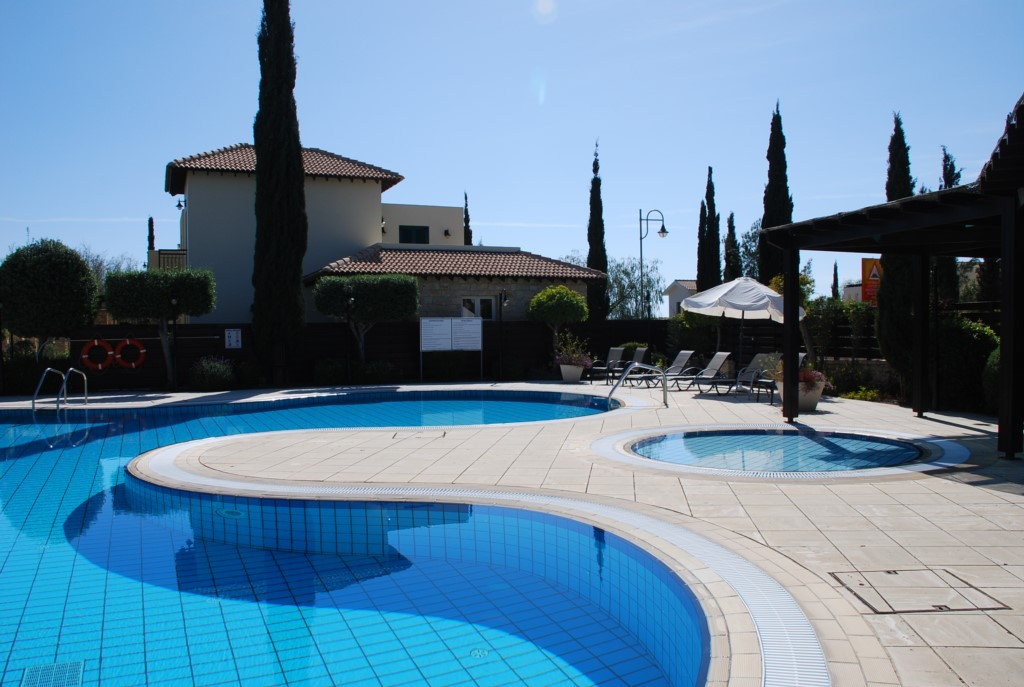 Junior Villa L2 - Kiddies pool and large adults communal pool on Adonis Village. Aphrodite Hills Res