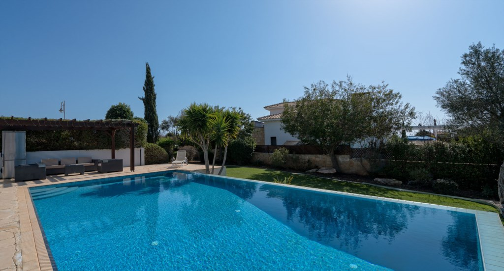 Villa 395 - This south facing garden gets the sun all day. Aphrodite Hills Resort, Cyprus.