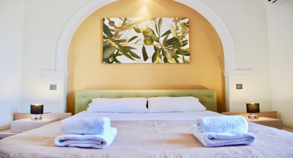 Holiday Apartment Rental Aphrodite Hills Cyprus (17).jpg