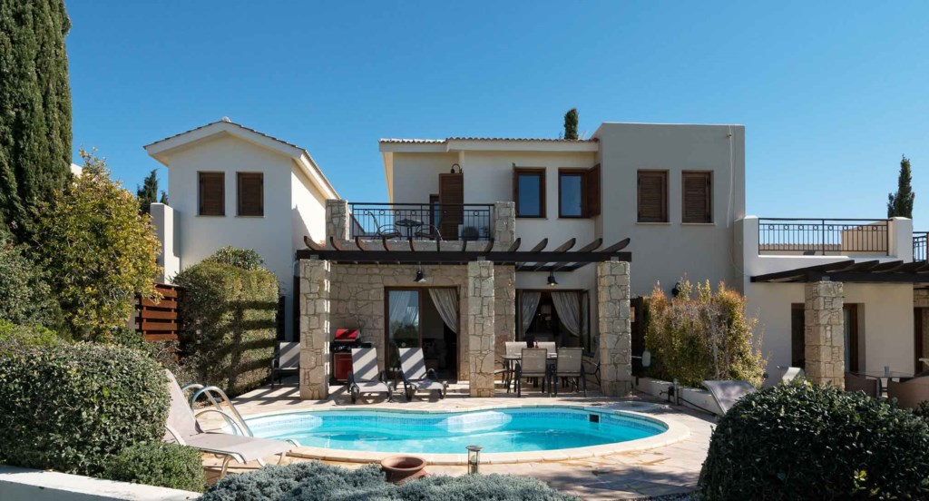 Villa Kornos (HG33), beautiful two bedroom holiday villa private pool golf views, Aphrodite Hills Re