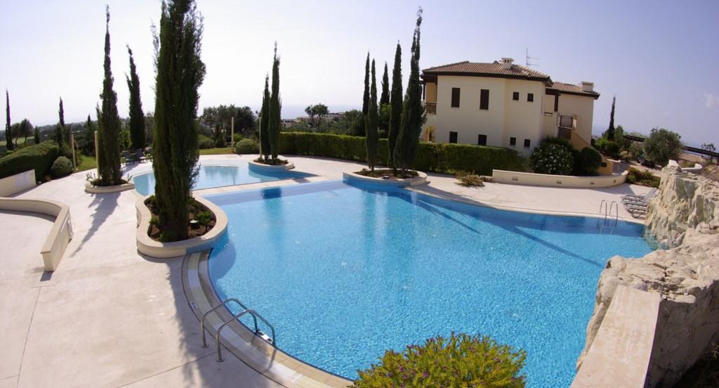 Luxury Holiday Apartment Rental Villas Aphrodite Hills Cyprus Pool View Golf (3).jpg
