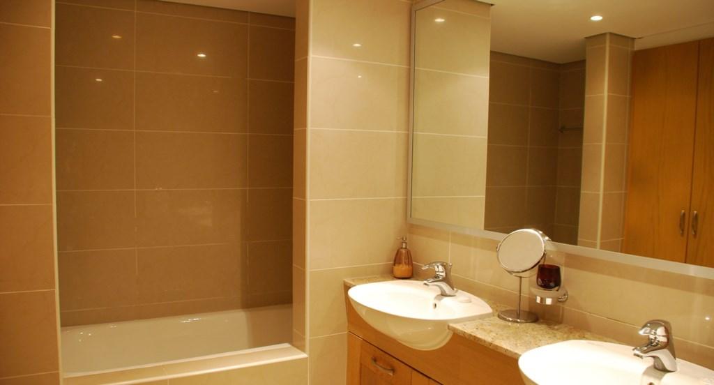 Junior Villa EZ02 - Lovely bathroom. Aphrodite Hills Resort, Cyprus.