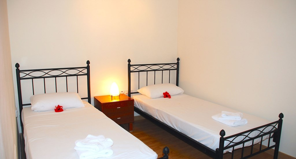 Junior Villa EZ02 - Lovely twin room. Aphrodite Hills Resort, Cyprus.