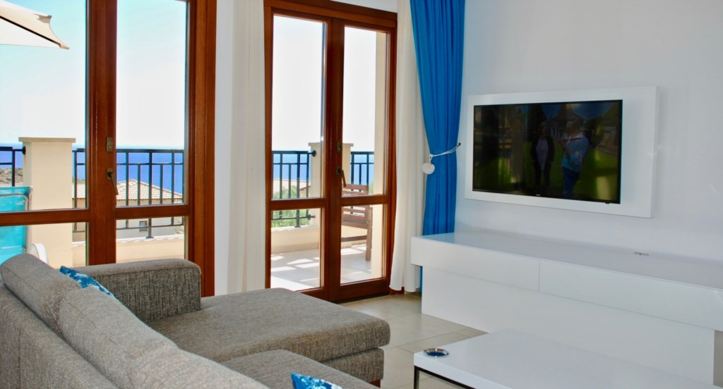 Premium Aphrodite Hills Holiday Apartments Cyprus (9).jpg