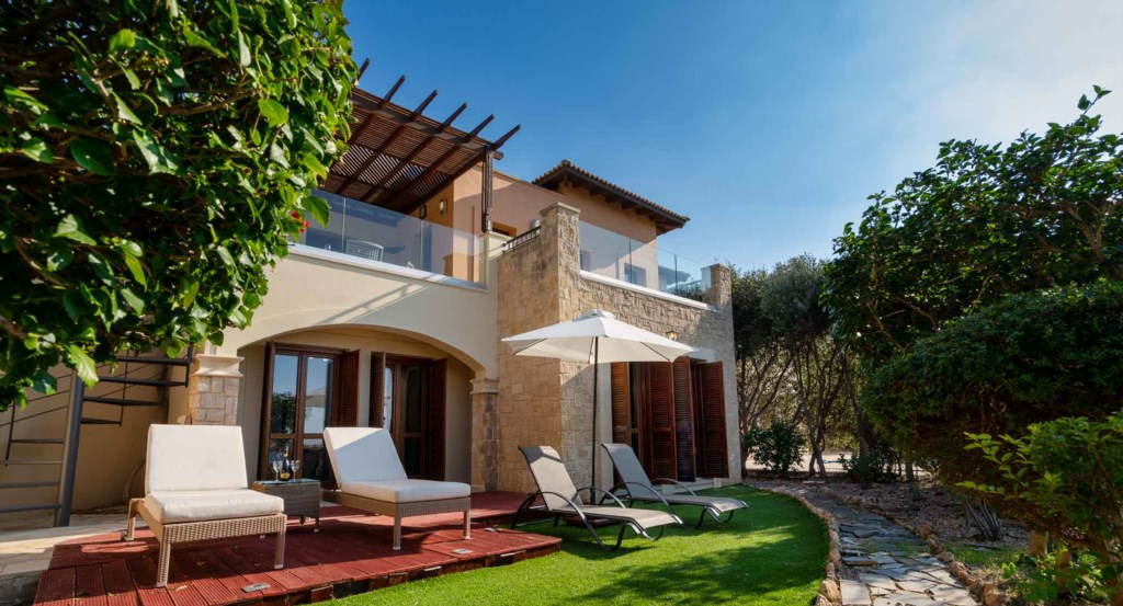 Junior Villa AZ02 - beautiful 3 bedroom villa with stunning sea views, Aphrodite Hills Resort, Cypru