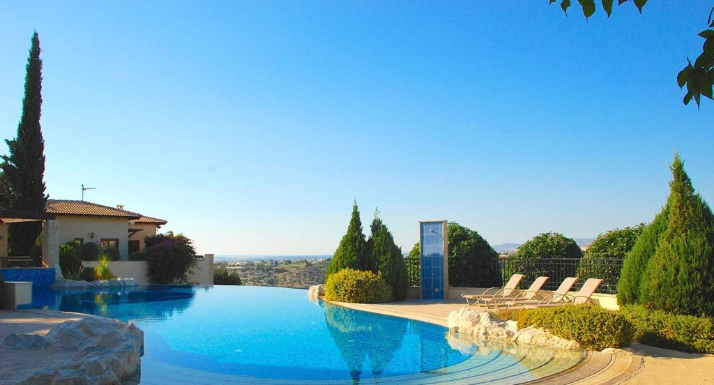 Villa Pachna (BZ02), luxury holiday accommodation Aphrodite Hills Resort, Cyprus