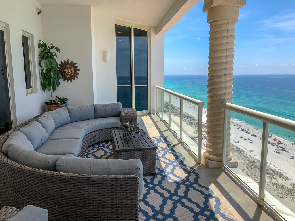 'Paradise Found' #1906- Penthouse Layout (4BR)