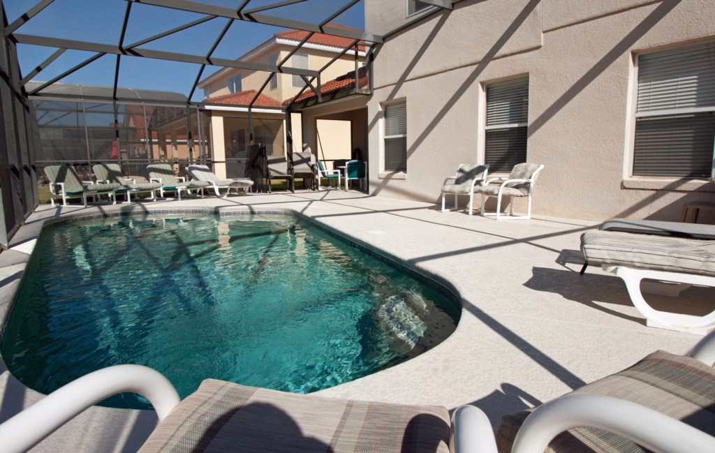 5 bd 3ba 2-story Private Pool Resort Gated