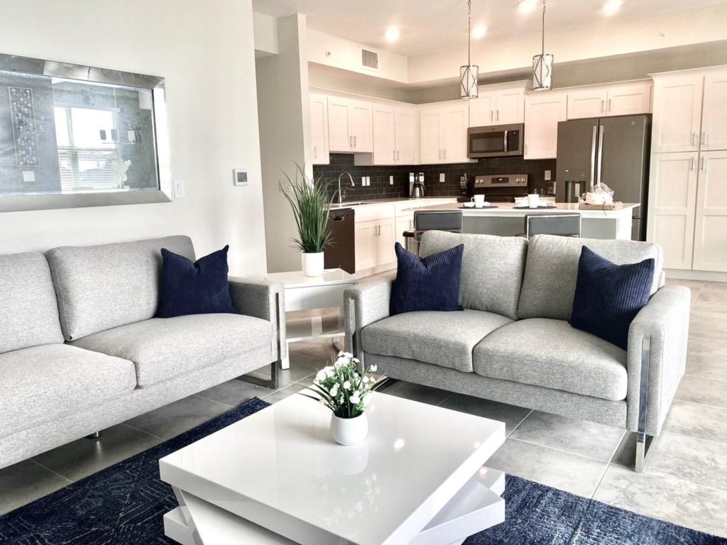 Luxury 2 Bedroom Condo Home 216