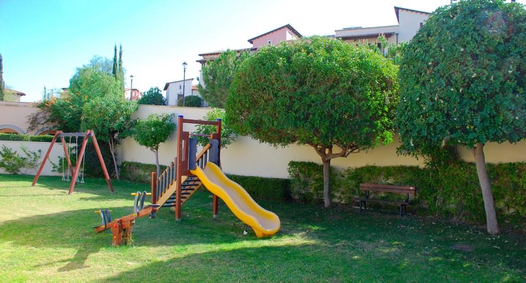 Luxury Holiday Rental Villas Aphrodite Hills Cyprus Pool